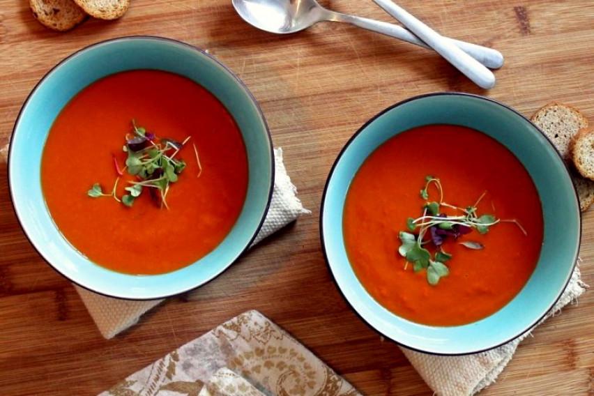 """Рецепт за супа """"убиец на вируси"""": Преполна е со цинк и селен, а еве што сè ви е потребно"""