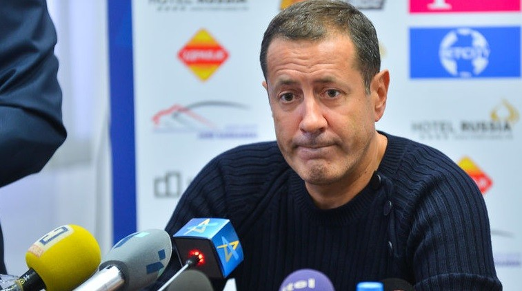Сергеј Самсоненко доби рок до 31.март да го расчисти долгот во РК Вардар, во спротива новата управа ќе враќа