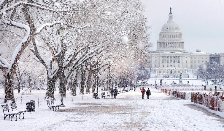 Снежни врнежи врнежи во Вашингтон