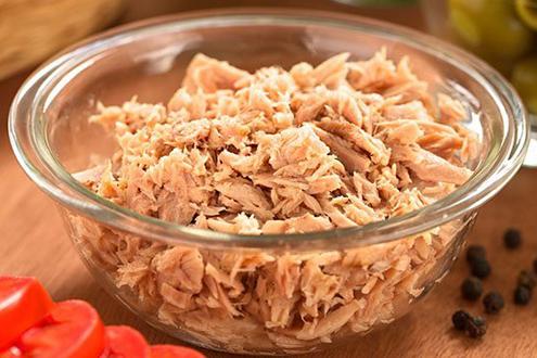 Дали туната од конзерва е здрава? Еве што се случува кога ќе ја изедете – внимавајте да не претерате, може да биде штетно!