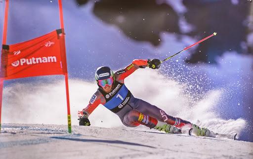 Тед Лигерти ја заврши скијачката кариера