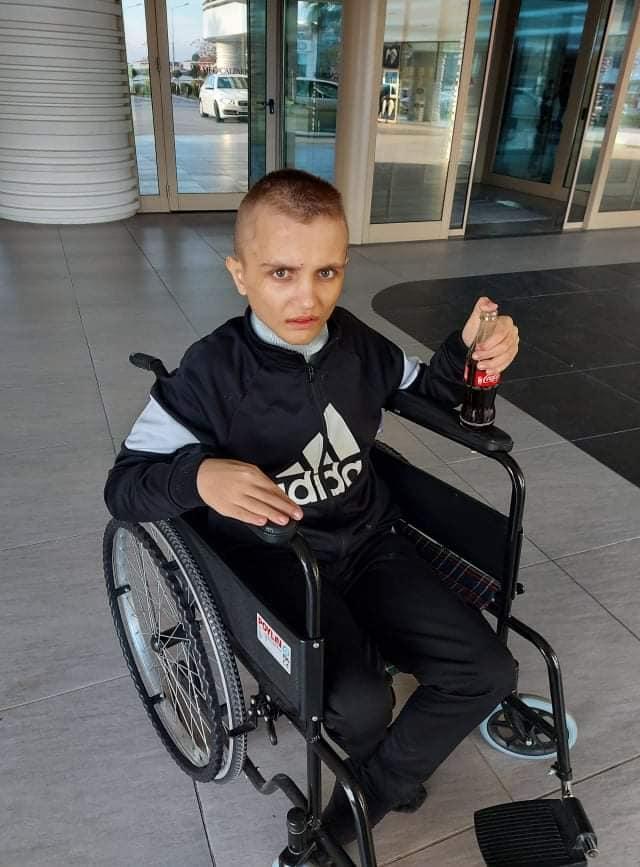 БРАВО МАКЕДОНИЈО: Собрани се парите за лекувањето- Кристијан има шанса повторно да застане на нозе!
