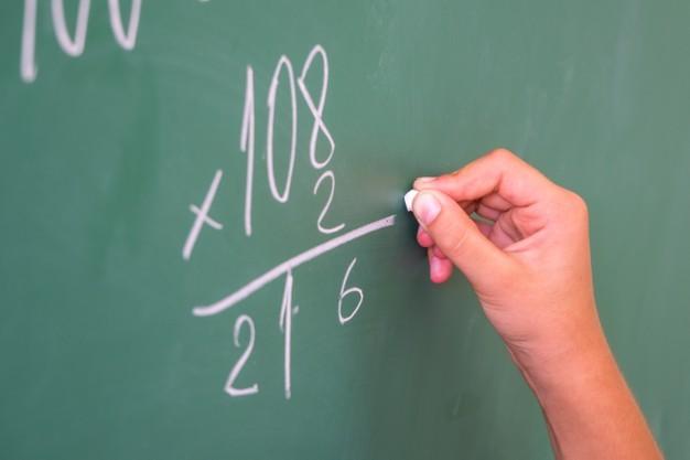Уште една математичка задача го полуде интернетот: Ќе успеете ли да ја решите?