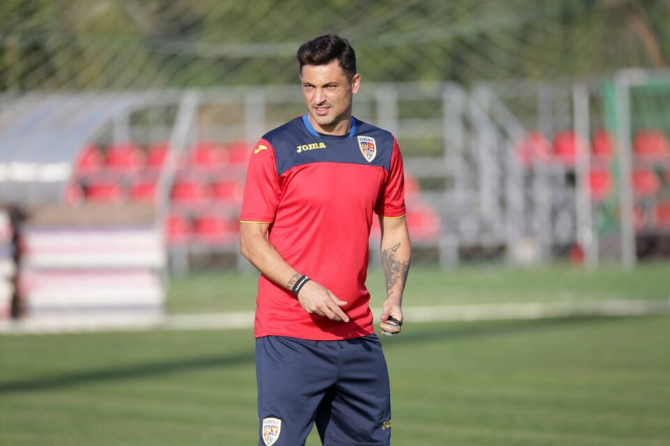 Неизвесен за мечот со македонската репрезентација: Селекторот Радои позитивен на коронавирус