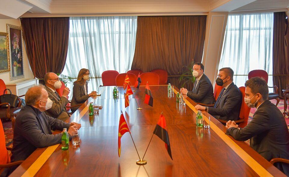 Мицкоски оствари средба со амбасадорот на Република Франција, Сирил Бомгартнер
