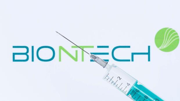 Бионтек ќе користи мРНА технологија против маларија- работат и на лек против туберкулоза и неколку видови карцином