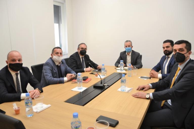 Претседателот на ДИК, Даштевски на средба со неговиот колега Целибиши од Албанија