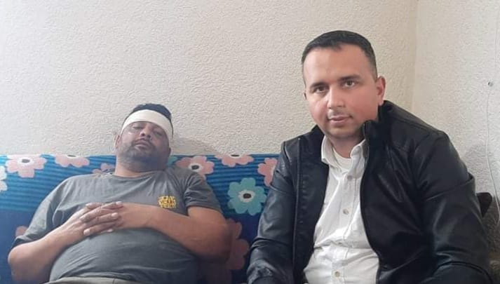 Ерџан Демир со Екрем Иљаз во посета на Игор кој беше брутално претепан од страна на обезбедувањто на Заев