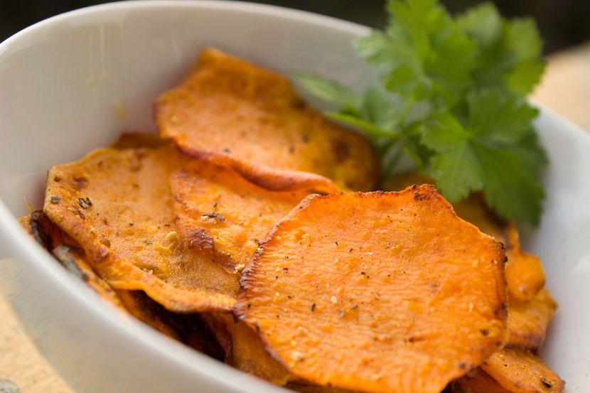 Најдобар рецепт за крцкав домашен чипс: Вкусот загарантирано ќе ве воодушеви