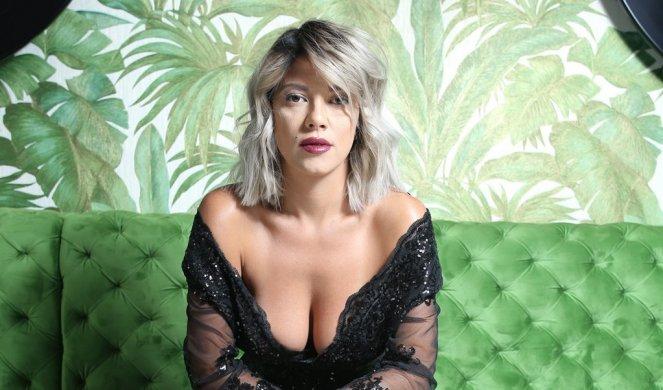 Фановите на Кија Коцкар воодушевени, пејачката повторно добила понуда која не се одбива