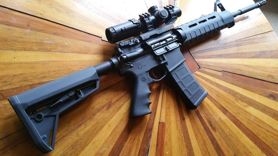 САД и донираат 1.296 автоматски пушки М-4 на АРМ