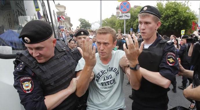 Навални ќе го следат 32 камери, рускиот затвор го зајакнува надзорот
