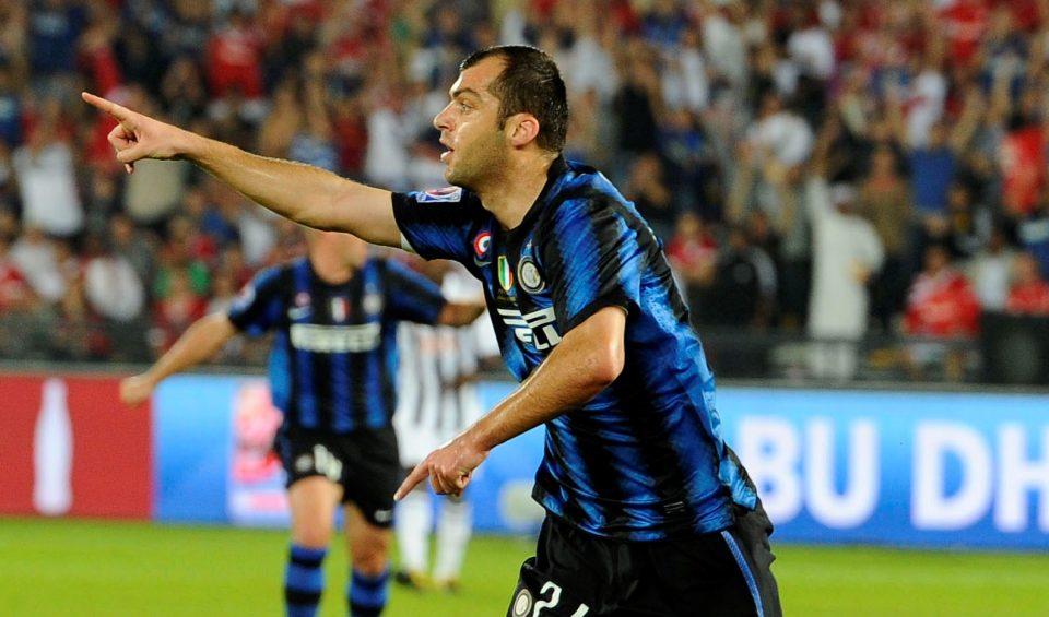 """ВИДЕО: УЕФА на """"мангупски"""" начин му го честиташе роденденот на Горан Пандев"""
