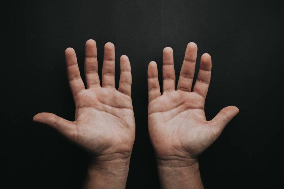 Не го игнорирајте трнењето на рацете или прстите – можеби ќе мора итно да реагирате