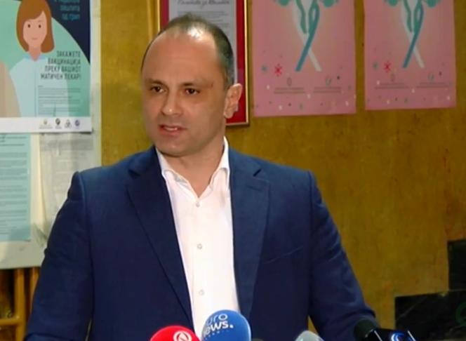 """""""Филипче е виновен за хаосот во здравството- имаме 4.100 починати, двојно повеќе отколку што тој тврдеше дека ќе се заразат во цела пандемија"""""""