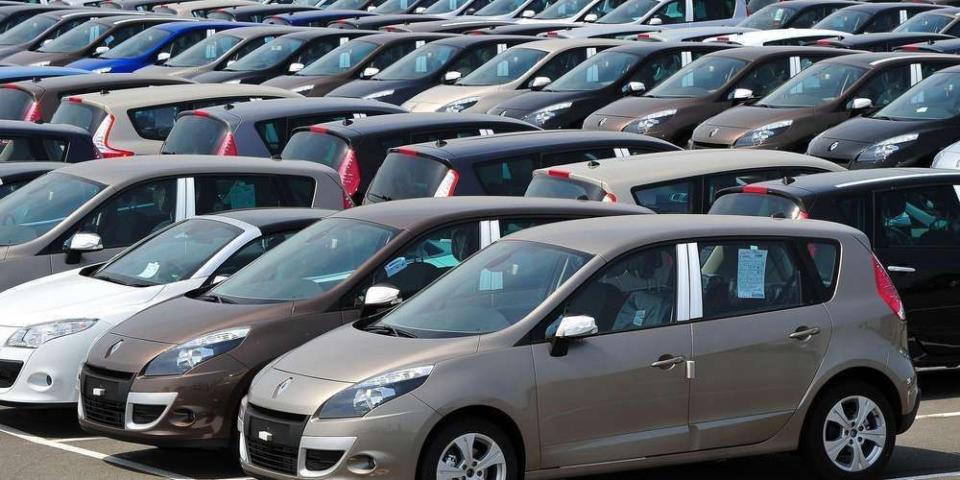 Пад на продажбата на нови возила за 33 проценти