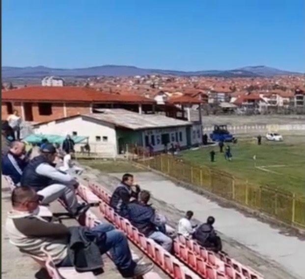 Полицијата во Делчево вршела дискриминација при пропуштање на гледачи на вчерашниот натпревар на ФК Брегалница-Делчево