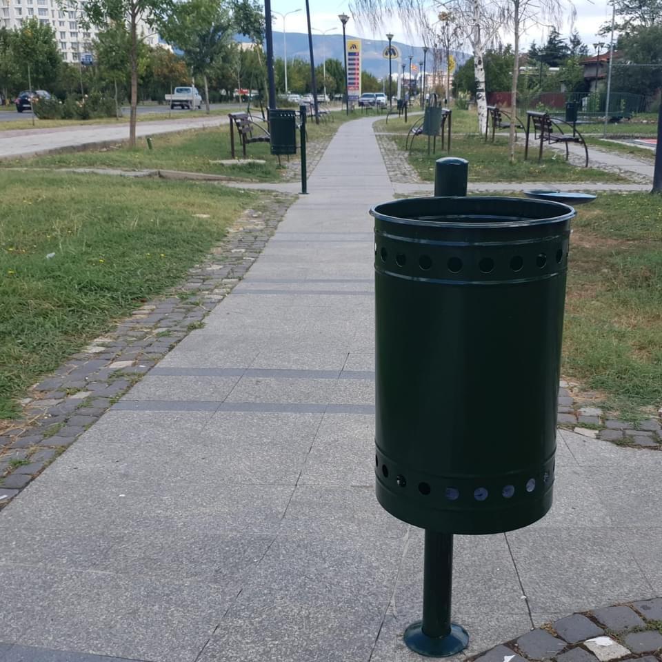 Митески: 300 евра корпа за ѓубре! Срамота….