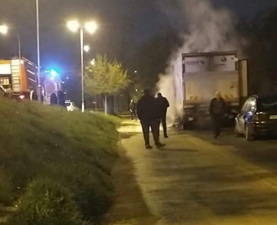 "ВИДЕО: Гореше во Автокоманда- се запали камион кај ""Алкалоид"""