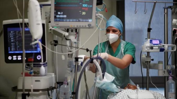 За време на пандемијата посебно зголемена смртноста кај доселениците од Африка и Азија во Франција