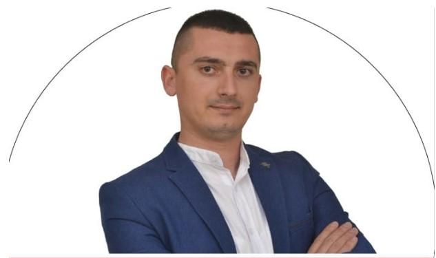 Мицкоски ги повикува Македонците од Албанија да гласаат за македонскиот кандидат за пратеник Панди Јани