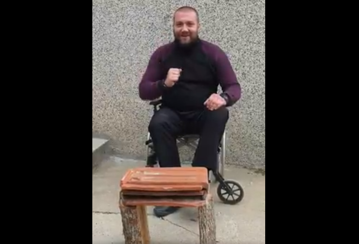 ВИДЕО: Конечно некој му објасни на Стојанче Ангелов за што служи главата