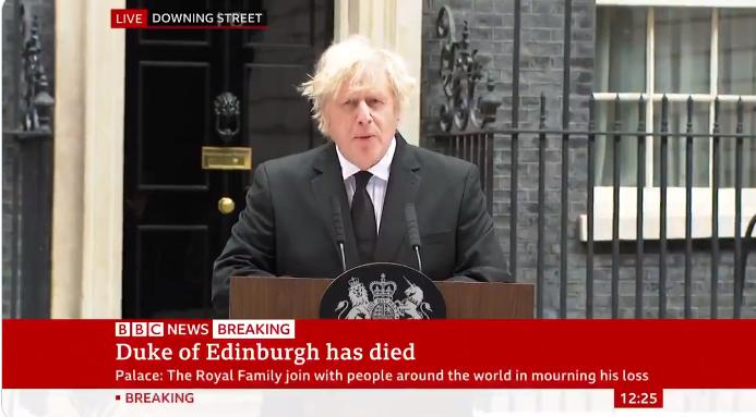Британскиот премиер Џонсон му оддаде почит на принцот Филип (ВИДЕО)