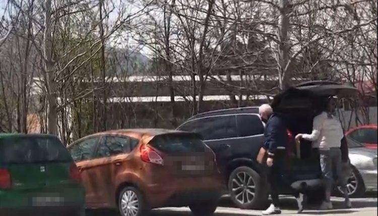 ФОТО: Рашковски вози скап џип, а го нема во анкетниот лист