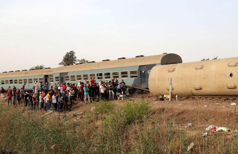 ВИДЕО: Железничка несреќа во Египет, најмалку 11 загинати и 98 повредени