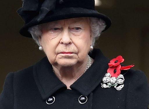 ВРЕМЕТО ЗА ТАГА ПОМИНА: Кралицата им се врати на новите обврски во дворецот, а светот е во неверување што не можелa да одложи таа