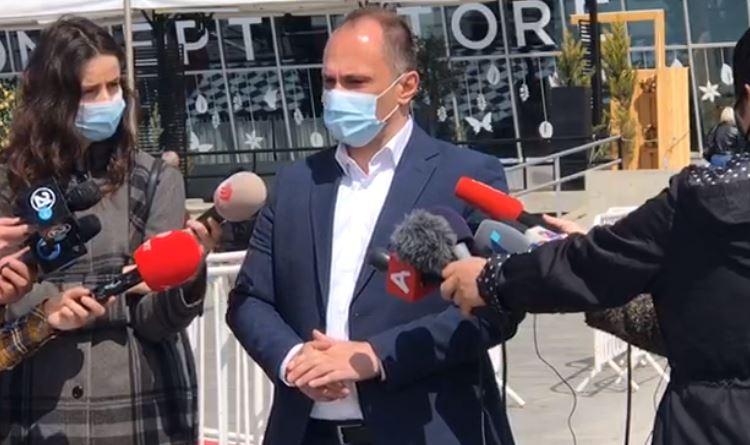 Филипче: Верските лидери за Велигден и Рамазан Бајрам треба да обезбедат редари пред црквите и џамиите