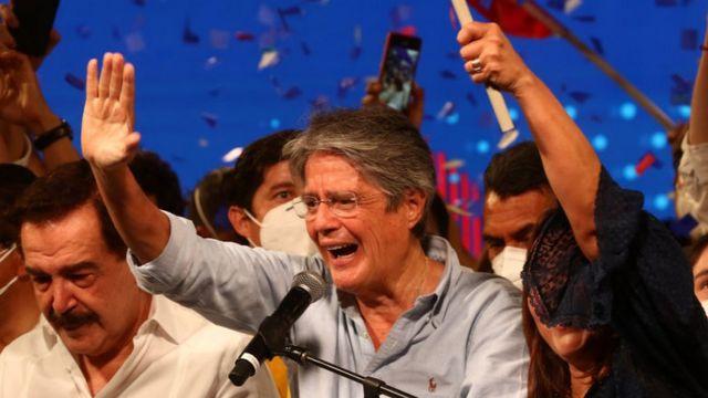 Гиљермо Ласо победи на претседателските избори во Еквадор