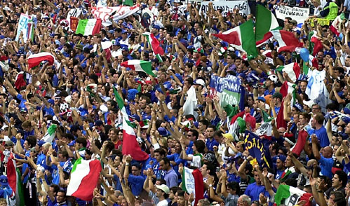 Публиката се враќа и на стадионите во Италија