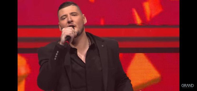 Ова е последниот настап на трагично починатиот пејач: Карлеуша му одржа добра лекција, но Поповиќ го разочара (ВИДЕО)