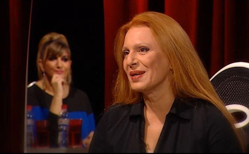 Гледај ја мајката, одбери ја ќерката: Пејачката Маја Оџаклиевска има ќерка која буквално е клонирана во неа, таа е заносна бринета (ФОТО)