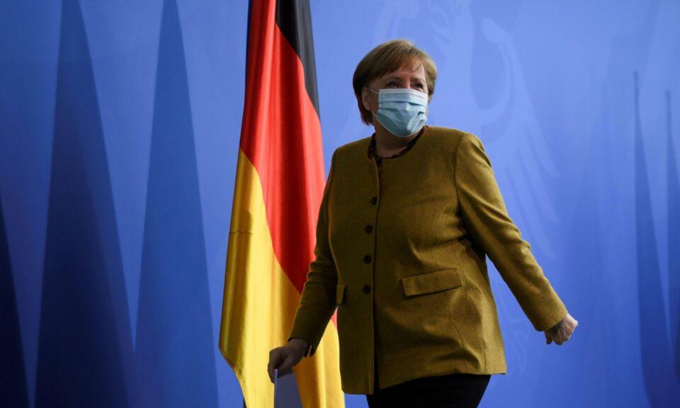 Си го дочека редот: Меркел денеска се вакцинираше- еве со која вакцина