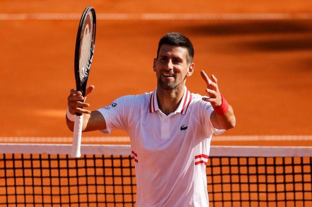 Ѓоковиќ осми пат по ред избори полуфинале на Мастерсот во Рим