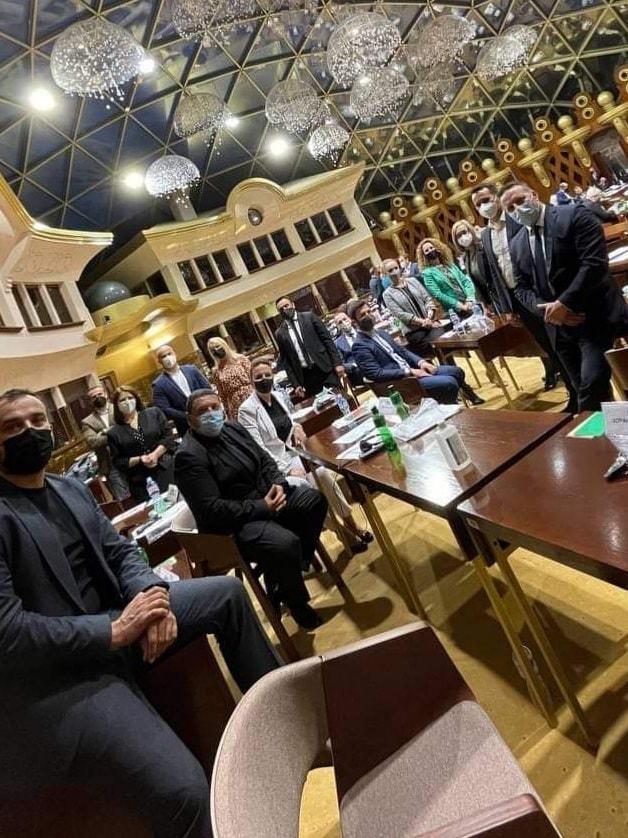 Пратениците од ВМРО-ДПМНЕ: СДСМ го кочи 5-тиот пакет на мерки, со саати се чека да ја стават точката на дневен ред