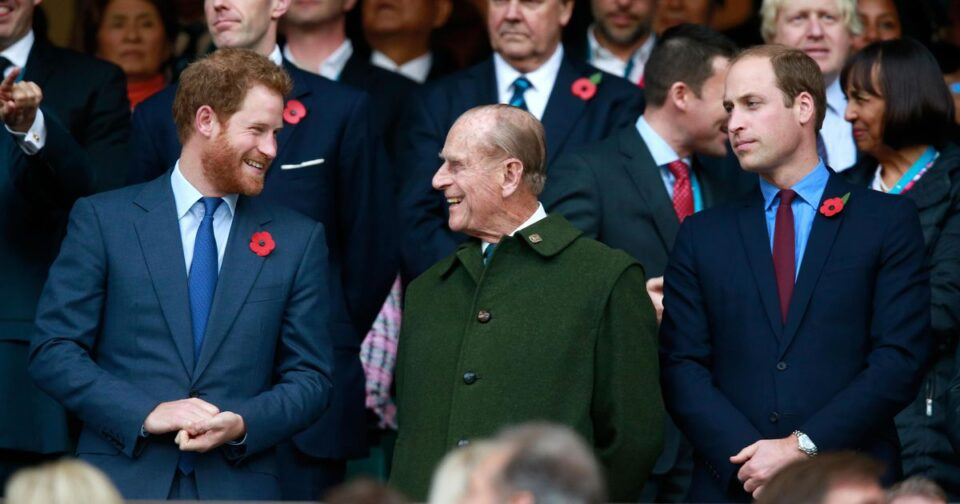 Принцовите Вилијам и Хари му оддадоа почит на принцот Филип- еве што кажаа за нивниот дедо