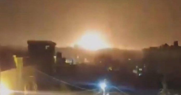 Експлодира ракета во близина на нуклеарен реактор во Израел