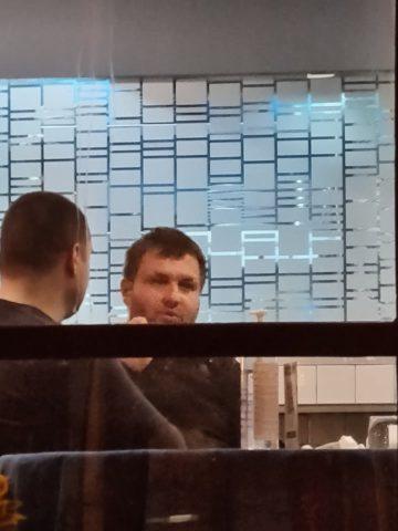 """""""За Богдановиќ и луѓето на Заев не важи закон, крши полициски час и кафана само за него работи, додека народ умира по болници"""""""