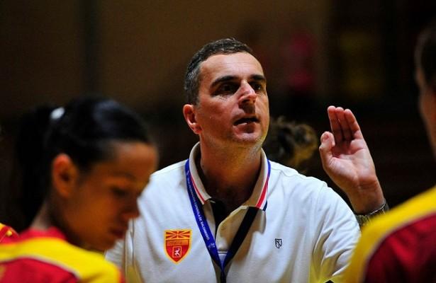Симе Симовски го објави списокот на ракометарки пред двомечот со Романија