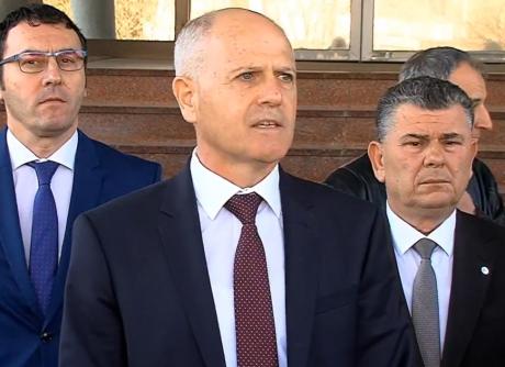 Мизрахи: Пауновски не беше разрешен поради пркос, туку затоа што со Македонија владее монархот Заев