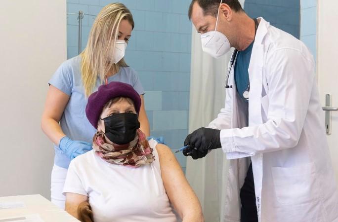 Унгарија почнува повторно да се отвора откако администрира 2,5 милиони вакцини