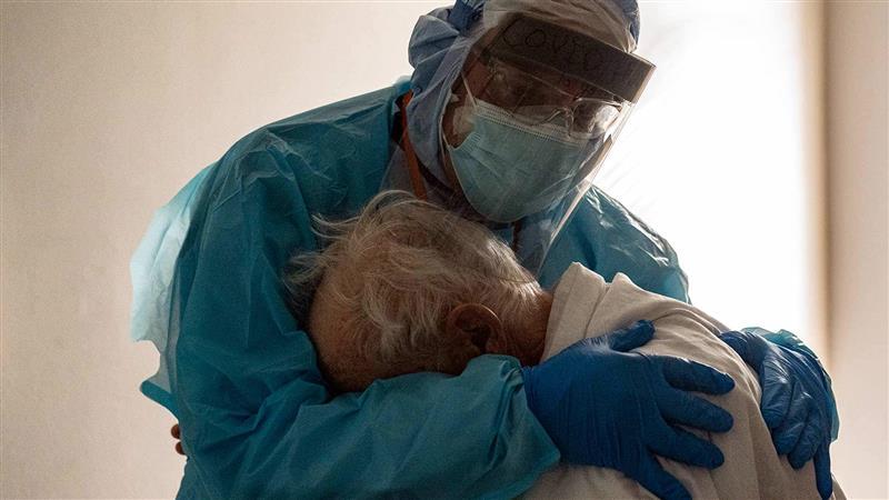 Пациент од ковид го убил својот цимер во болница во Атина