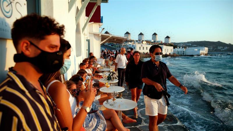 Грција најверојатно ќе ги отвори рестораните по Велигден