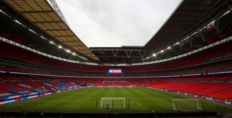 Тотенхем и Манчестер Сити ќе си ги одмерат силите пред 8.000 гледачи
