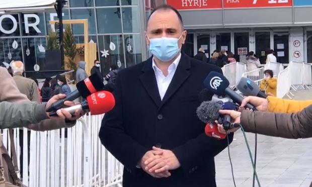 Најавени, па отпишани како вработени во критична инфраструктура: Филипче да се реши дали има или нема вакцини за ЈСП, Царина, Патарина