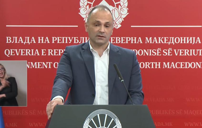 Филипче: Вирусот е различен од ноември, лекувањето сега трае подолго и има поголем процент на хоспитализација, затоа се новите мерки