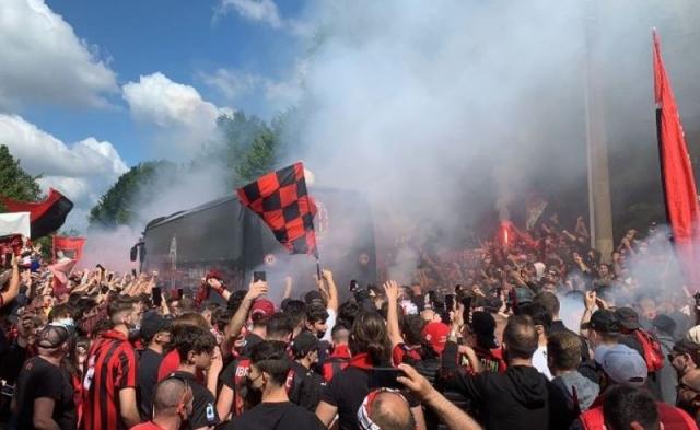 Милан го тужи Лацио за расистичко скандирање на навивачите против Бакојако и Кеси
